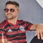 Em vídeo da Adidas, nova camisa do Flamengo é lançada; confira o clipe