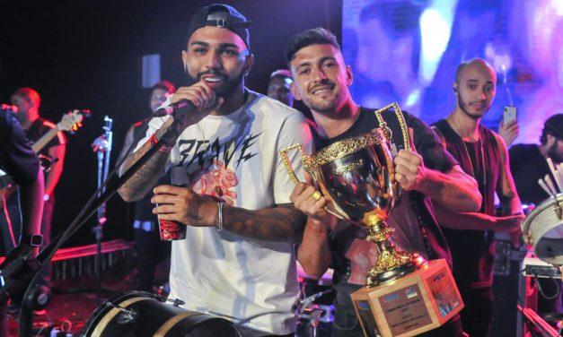 Confira as principais fotos da festa do título do Flamengo, realizada na Barra da Tijuca