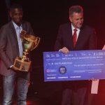 PREMIAÇÃO DA FERJ: Juan e Landim recebem o troféu, e Éverton Ribeiro é eleito o craque do Carioca