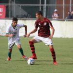 Sub-16 faz campanha impecável no Torneio Guilherme Embry
