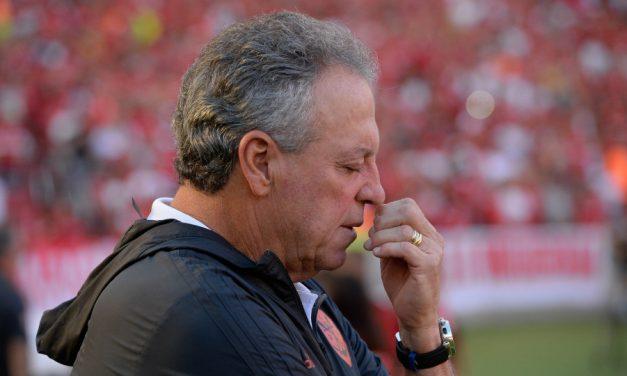 """Abel reafirma que Beira-Rio é mais bonito que Maracanã e diz: """"Podem espernear, podem ter ciúmes"""""""