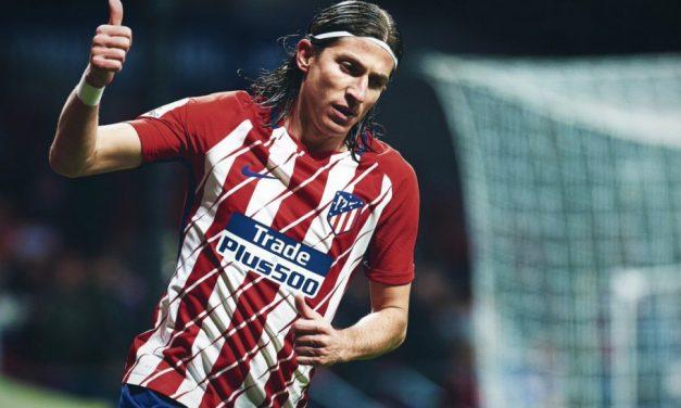 Em negociação com o Fla, Filipe Luís ainda alimenta sonho de ficar em Madri e terá reunião final com dirigentes do Atlético