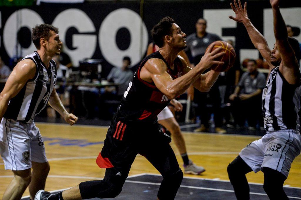 rafa mineiro flamengo basquete