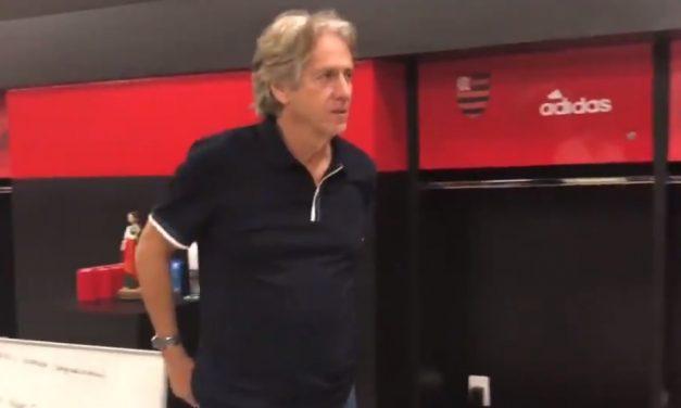 Jorge Jesus chega ao Rio e já visita o CT Ninho do Urubu; veja o vídeo