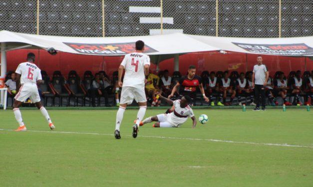 Fla empata com o Vitória e perde a chance de assumir a ponta no Brasileiro
